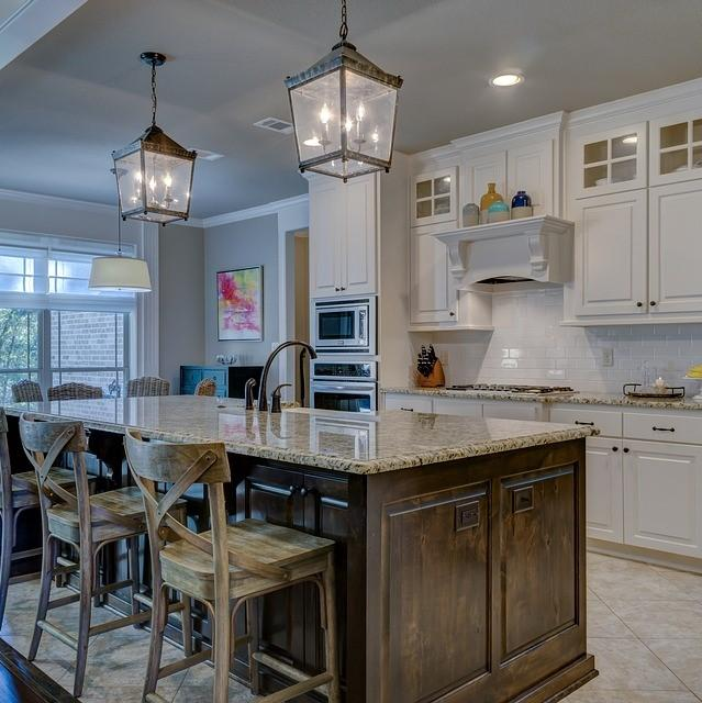 Tailor Fit Your Kitchen Design with Custom Cabinetry