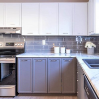 The Two-Toned Kitchen Cabinet Trend